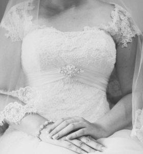Свадебное платье (диадема,фата и туфли в подарок)!