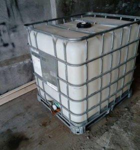 Куб пластиковый на железном поддоне 1 шт