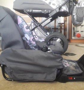 Срочно продам детскую коляску. Возможен торг!
