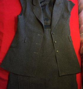 костюм серый: жилет и юбка