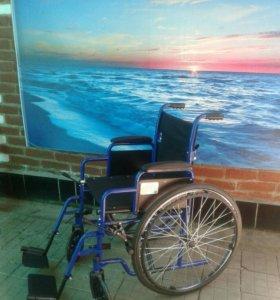 Кресло-коляска для инвалидов НО35 . Новая.