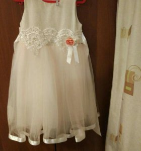 Праздничное вечернее платье