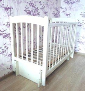 Детская кроватки