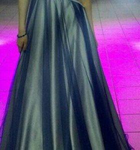 Платье вечернее, на выпускной.