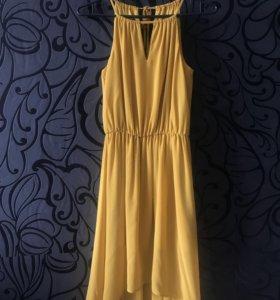 Платье в пол со шлейфом на выпускной