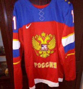Свитер хокейный