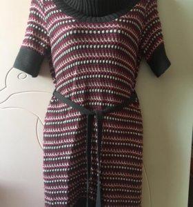 Вязаное женское платье