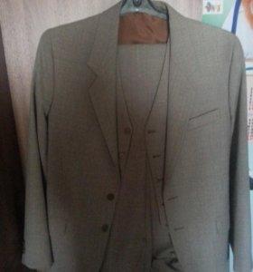 костюм (тройка)