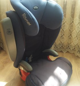 Автокресло Romer KID Plus от 15 кг до 36 кг