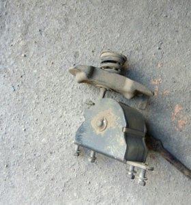 Подъемное устройство для запаски
