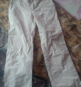 Штаны женские легкие.