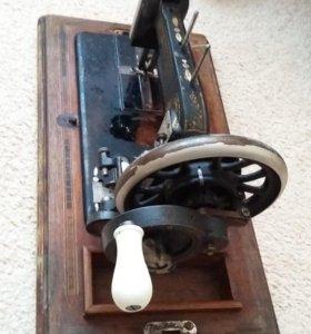 Продаю ручную швейную машинку seidel naumann