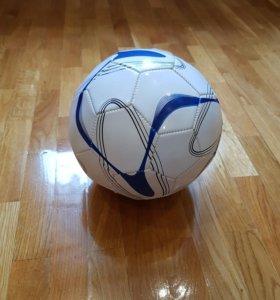 Футбольный мяч НОВЫЙ