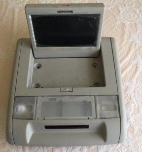 Штатный потолочный монитор для HUMMER H2 / TAHOE