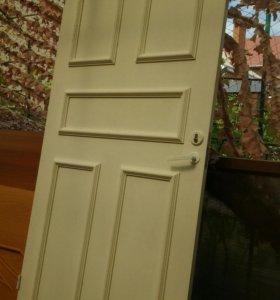 Дверь  входная  мдф белая  ширина 91выс203  с замк