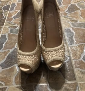 туфли покупала за 1900