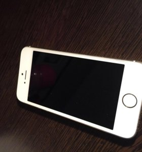 Айфон 5S Gold 64Gb