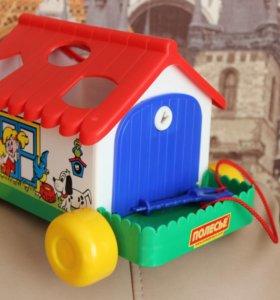 Сортер в виде дома на колёсах с ключом
