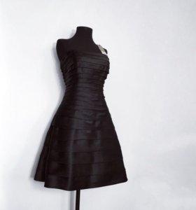 Новое атласное платье с этикеткой