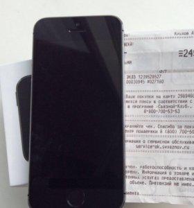 Apple iPhone 5s 16 gb. Space gray. (Эпл айфон)