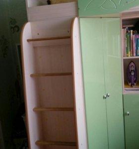 Кровать-чердак-стол-шкаф