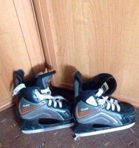 Коньки хоккейные 37 размер