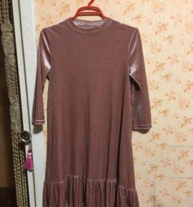 Платье розовое под бархат