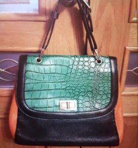 Стильная кожаная новая сумка