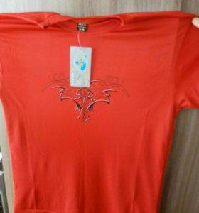 Продам футболку 200 рублей и бриджи джинсовые 550р