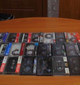 Фирменные аудио-кассеты;