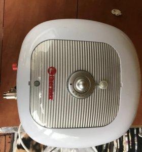 Накопительный водонагреватель Thermex Hit H15-O
