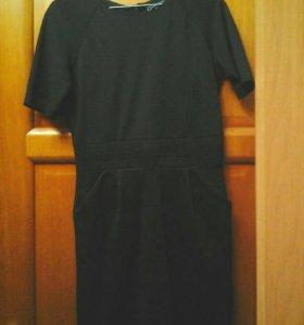 Платье б/у.