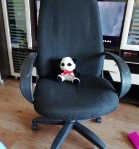 Компъютерное (офисное) кресло