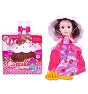 Кукла в кексе