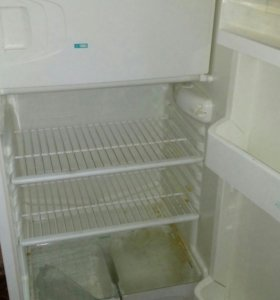 Холодильник. Полюс . 2 шт.