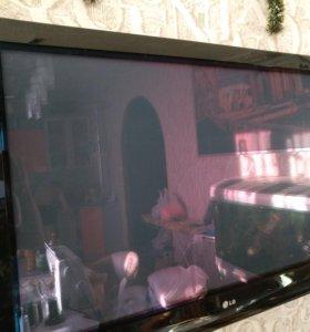 """Телевизор LG """"42 """"дюйма плазменный"""
