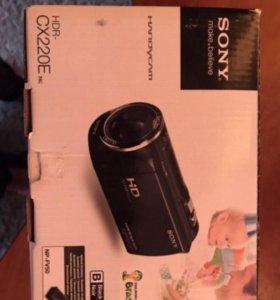 Видеокамера Sony hdr-cx220е