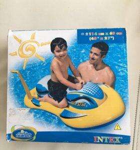 Надувной скутер для плавания