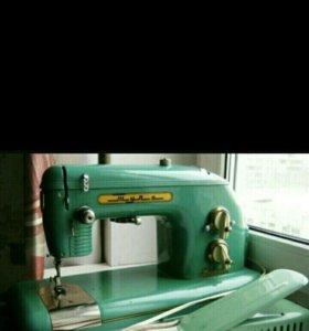 Швейная машинка, электрическая