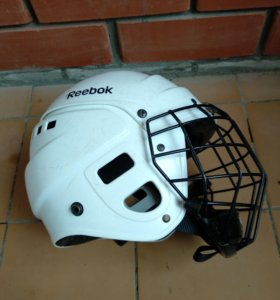 Шлем хоккейный детский 4-6 лет.