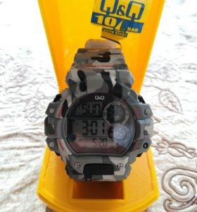 часы мужские Q&Q M144J006Y