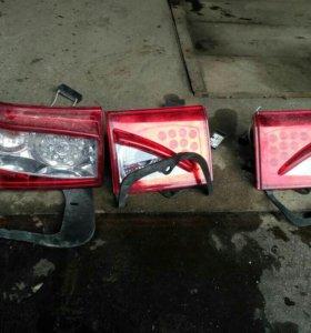 Продам комплект задних фонарей на ВАЗ 2112, 2110