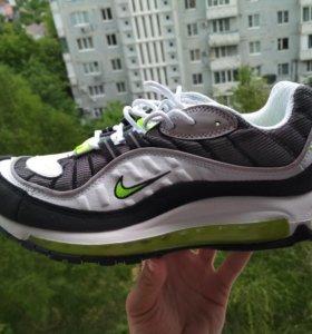 Кроссовки Nike AIR MAX SUPREME