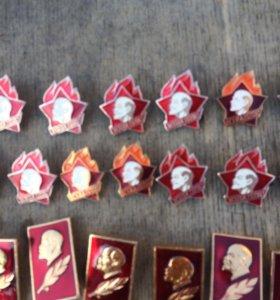 Советские значки для октябрят ,пионеров, комсольце