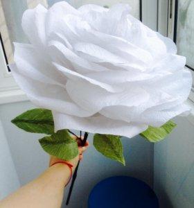 Большая роза из бумаги хейд-мейд