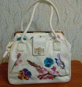 Женская сумка.вышивка шелковыми нитками.