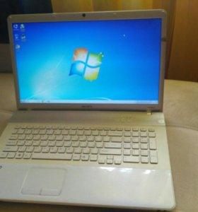 Большой ноутбук