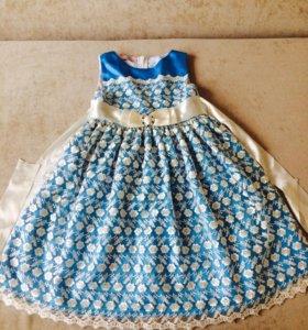Платье 110 см для девочки
