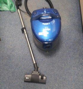 Моющий пылесос LG Hippo 1400w