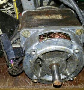 Электродвигатель стиральной машинки Фея